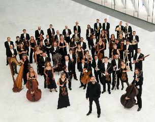 Orquesta Oviedo Filarmonía y Coro Universitario