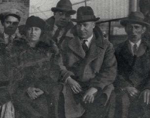 La colonia: un álbum fotográfico Nueva York de inmigrantes españoles en 1898-1945