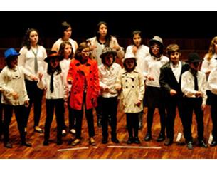 """Coro Voces Blancas y Joven Orquesta de Cuerda del Conservatorio """"Julián Orbón"""" de Avilés"""