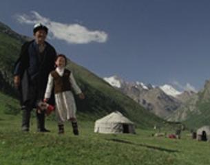 Cine. Sutak, nómadas del viento