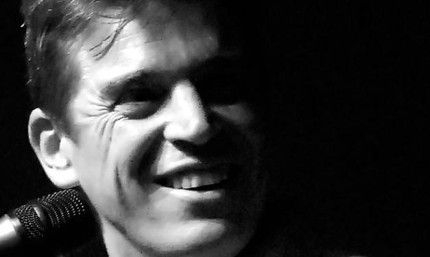 Javier Ojeda (Danza Invisible)  Trío acústico