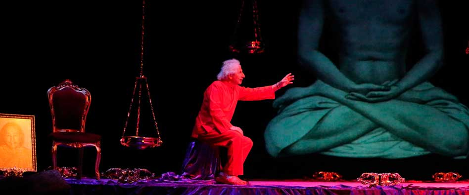 Teatro. El brujo: Autobiografía de un Yogui