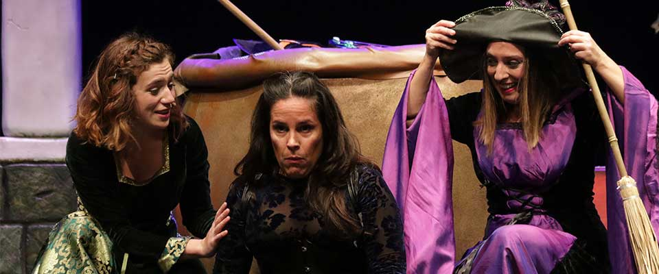 Teatro. Guayominí Producciones: Las Brujas de Corococó