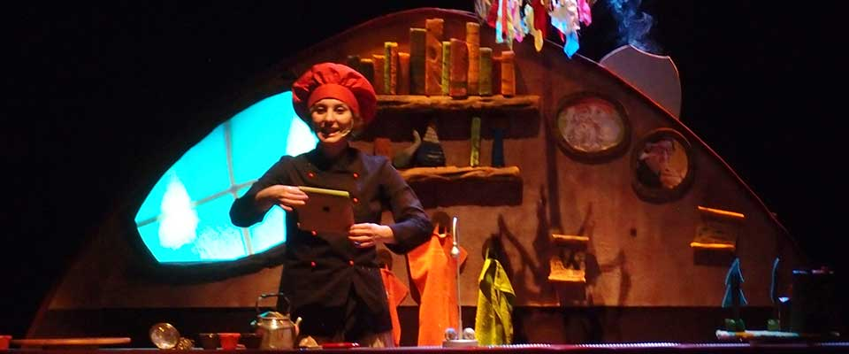 Teatro para escolares. Mar rojo: Nina cocinamiedos